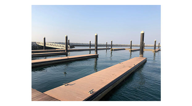 mega-floating-concrete-pontoon-pier-marina-bridge